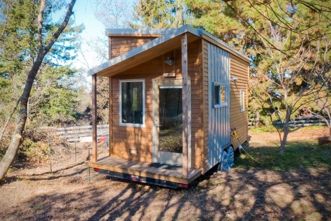 Hand Built Tiny Home by Alek Lisefski5