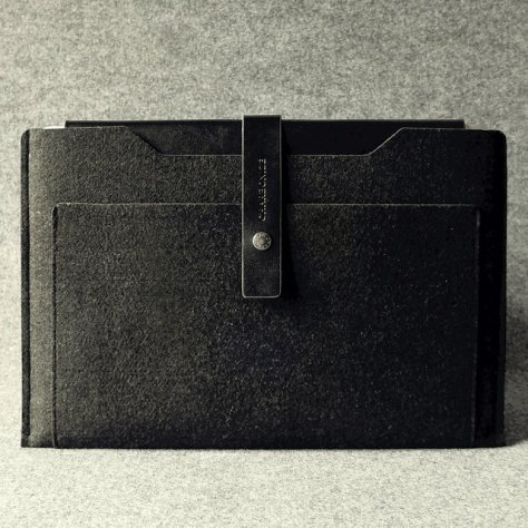Leather Macbook Air Sleeve by Charbonize