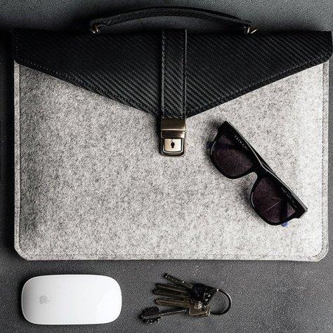 Slim Laptop:Tablet Case by ÉSTIE