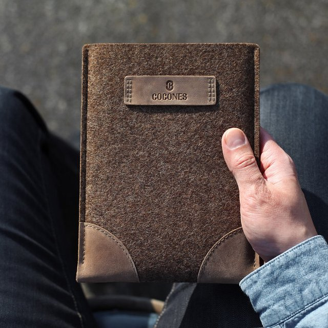 iPad Air:mini Retina Wool & Leather Sleeve by Cocones