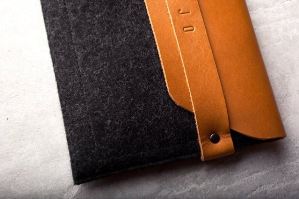 Mujjo iPad Envelope Sleeve for iPad and iPad Mini