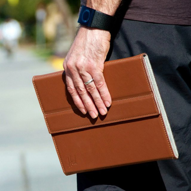 Targus Hughes Leather Portfolio for Apple iPad