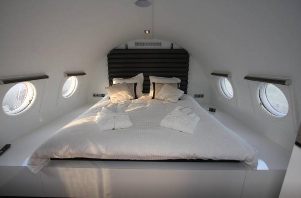 Airplane Suite2