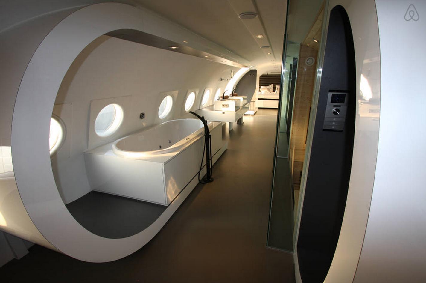 Airplane Suite3