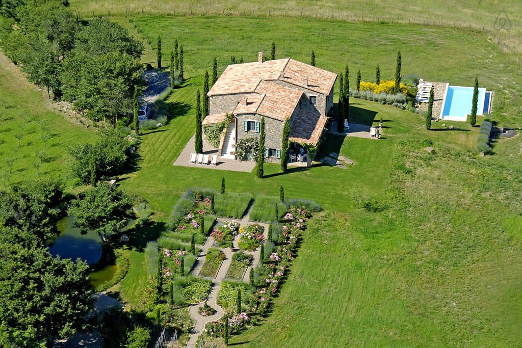 Italian Hilltop Villa