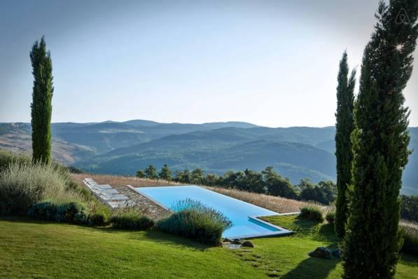 Italian Hilltop Villa3