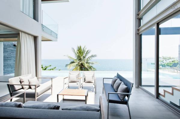 Ocean Front Villa in Thailand6