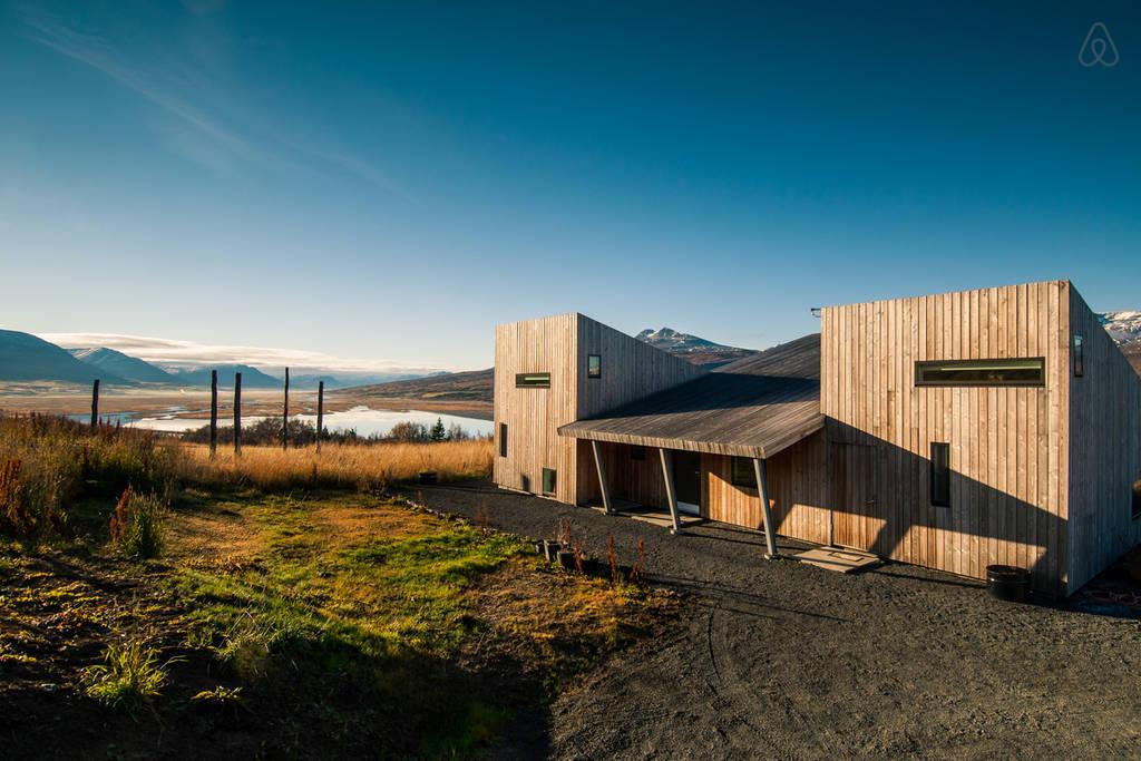 Villa in Iceland1